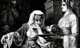 Natychmiast weszła z pośpiechem do króla i prosiła