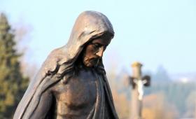 byli zdumieni i pytali: Skąd u Niego ta mądrość i cuda