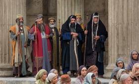 Chcą, by ich pozdrawiano na rynkach i żeby ludzie nazywali ich Rabbi