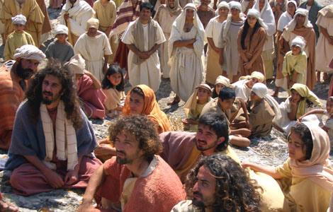 przybyli do Kafarnaum i tam Go szukali
