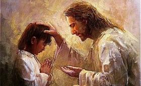 włożył na nie ręce i pomodlił się za nie…