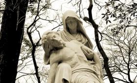 Przy krzyżu Jezusa stała matka Jego…