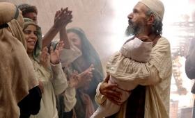 Niech będzie uwielbiony Pan, Bóg Izraela, że nawiedził lud swój i wyzwolił go