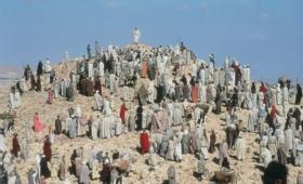 I szły za Nim liczne tłumy z Galilei i z Dekapolu, z Jerozolimy…
