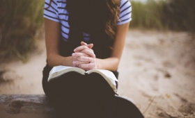 naucz nas się modlić