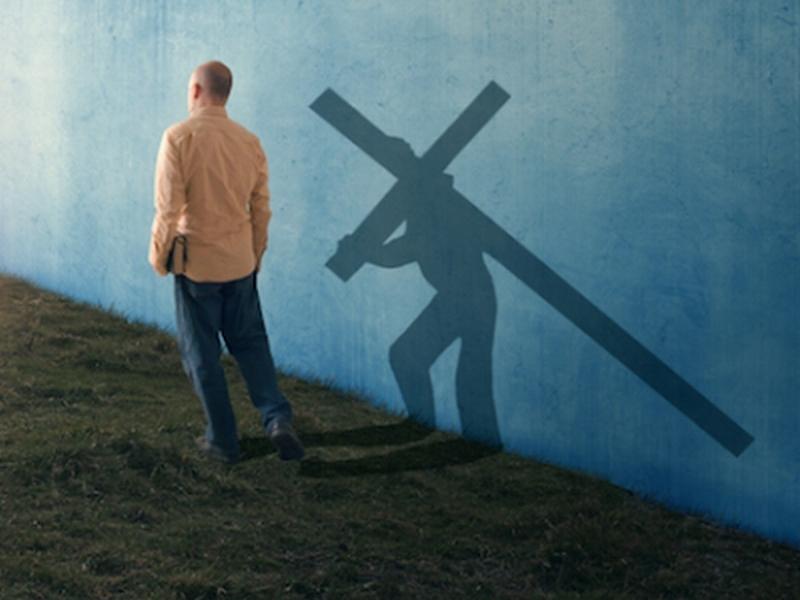 Kto nie dźwiga swego krzyża, a idzie za Mną, ten nie może być moim uczniem